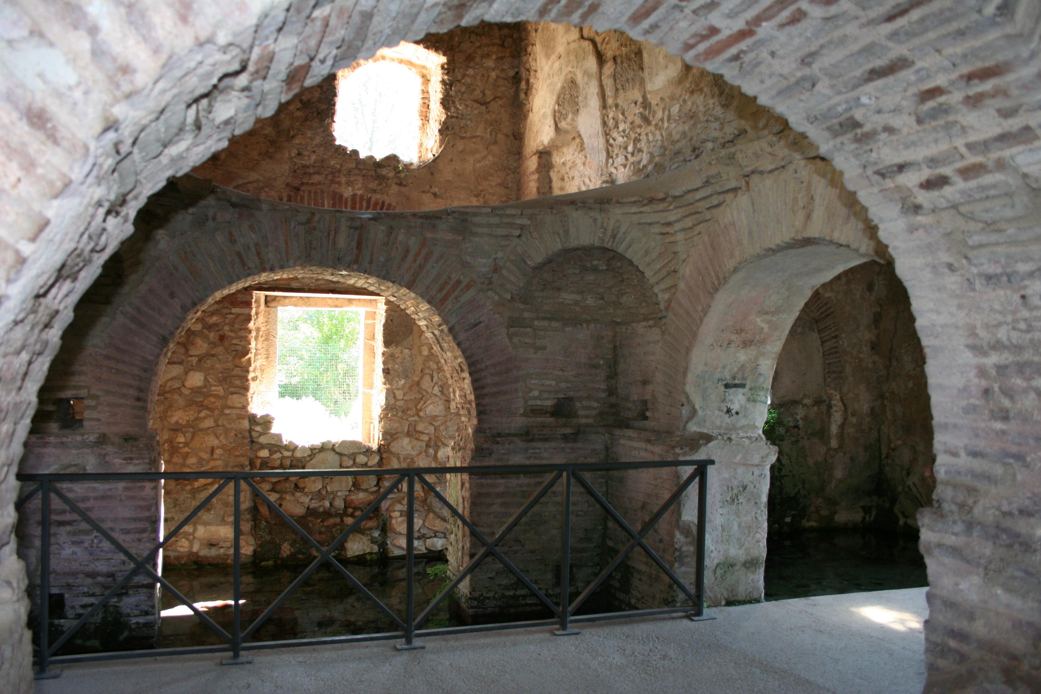 Battistero_di_San_Giovanni_in_Fonte